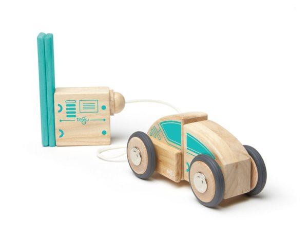 magneticka hracka Tegu_Circuit Racer_auto na tankovani