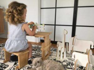 alma maluje Zvieratka z bielej ZOO 300x225 - Alica,Alma aZvieratká zBielej ZOO